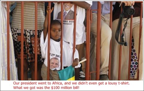 child-waits-catch-a-glimpse-of-barack-obama