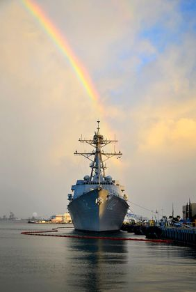 The_guided-missile_destroyer_USS_Michael_Murphy_(DDG_112)_sits_at_its_homeport_of_Joint_Base_Pearl_Harbor-Hickam,_Hawaii_121219-N-RI884-004 - Copy