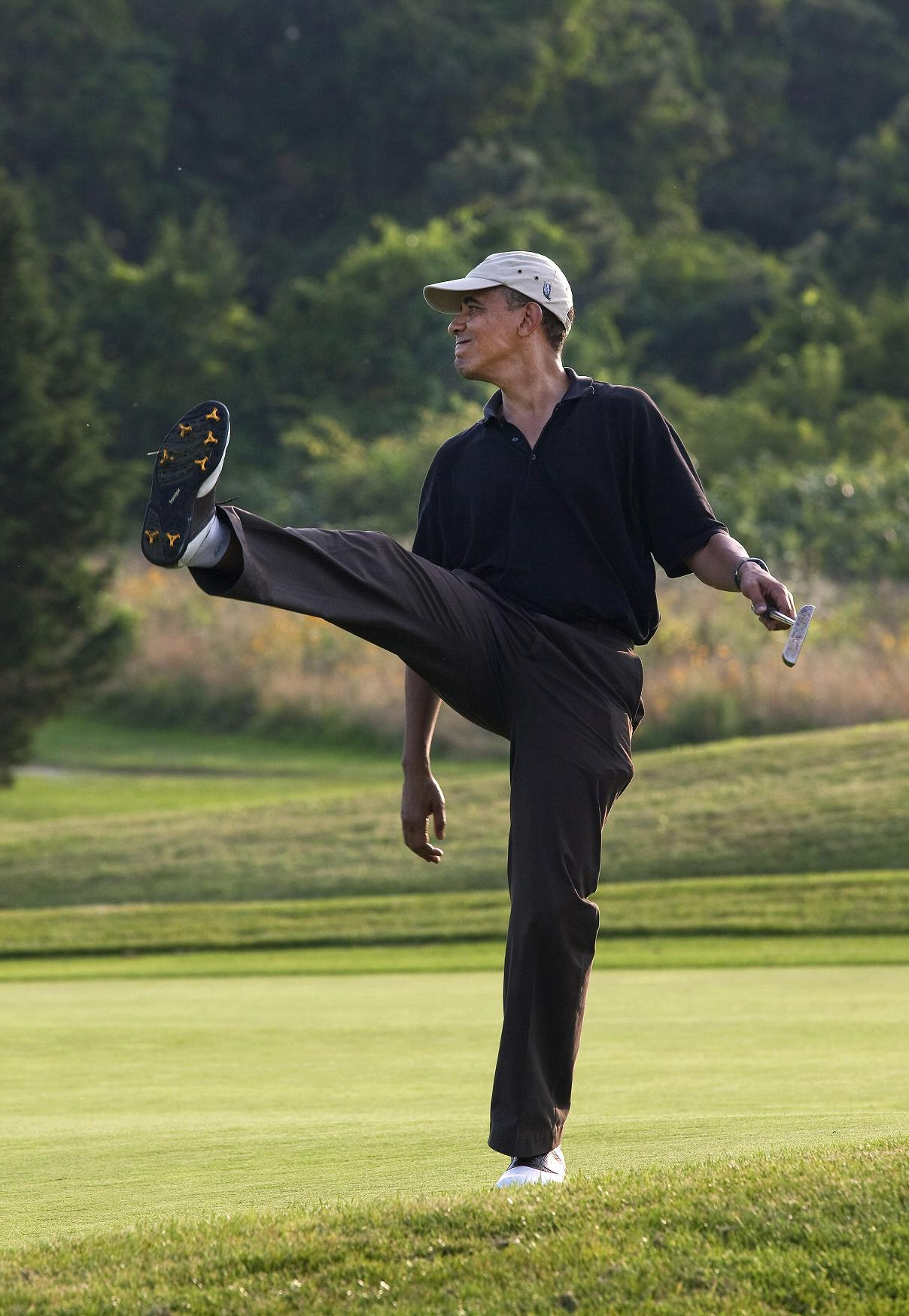 Oval Office Tour Obama Loves To Work At Nothing All Day We The People Of