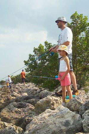 dad_daughter_fishing - Copy