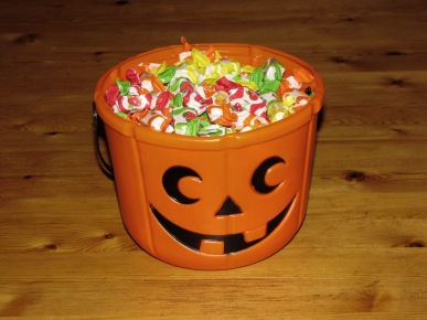 Halloween_candy_bucket - Copy