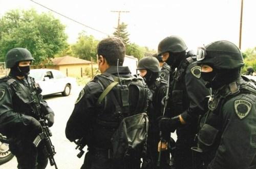 San_Bernardino_police_swat_team - Copy