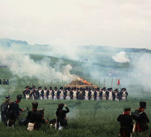 658px-battle_of_waterloo_195_years_after-copy